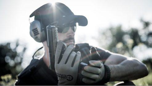 110041-Action-Pistol-Reload-950x538.jpg