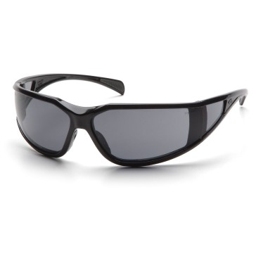 PSB5120DT_-00_Gray-Anti-Fog-with-Black_Front_Pyramex-Safety-Glasses-Exeter-Gray-Lens-Glossy-Black-Frame-Anti-Fog